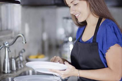 Посудомойщик по договору лизинга